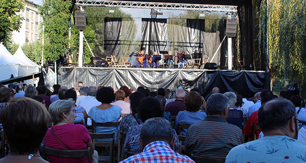 Photo of O festival musical de grupos locais pecha unha intensa fin de semana no Barco