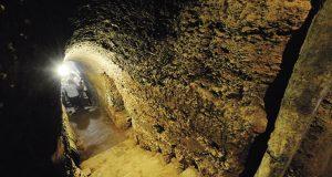 Xornalistas especializados en viño de diferentes partes do mundo visitarán unha cova valdeorresa