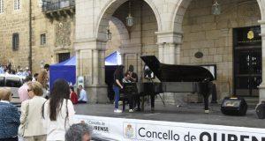 A finalista máis nova do Piano Meeting abre o festival na praza Maior de Ourense