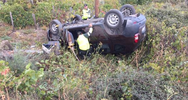 Photo of Imaxes do accidente entre un camión con explosivos e un coche preto de Robledo (Carballeda de Valdeorras)