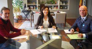 Os alcaldes da Gudiña e Riós transmítenlle á conselleira de Vivenda as súas demandas en materia de rehabilitación