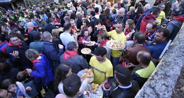 Photo of A XII Festa da Vendima de Punxeiro (Viana) escorrenta á chuvia e congrega a unhas 1.500 persoas