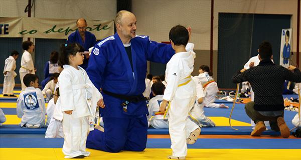 Photo of Cativos valdeorreses danse cita na 4ª Xuntanza de Judo do Sil celebrada en Monforte