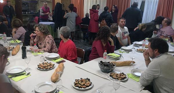 Photo of O motoclub Os Esquíos de Trives celebra a asemblea anual cunha cea en Chandrexa de Queixa