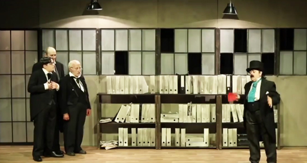 """Photo of O grupo teatral ourensá Muxicas presenta no Barco a comedia """"O inspector"""""""
