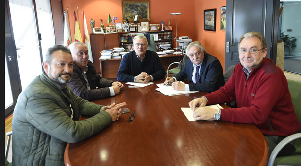 """Photo of """"Imos impulsar en Valdeorras proxectos en infraestruturas paralizados ata agora"""""""