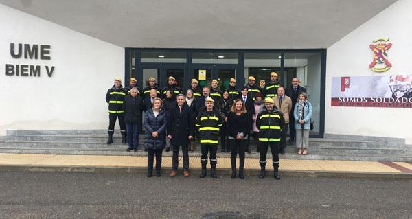 Photo of O subdelegado do Goberno en Ourense participa na reunión da UME en León