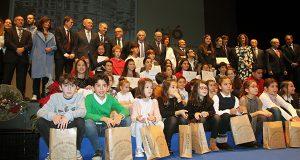Os nenos protagonizan o acto conmemorativo do 40 aniversario da Constitución en Ourense
