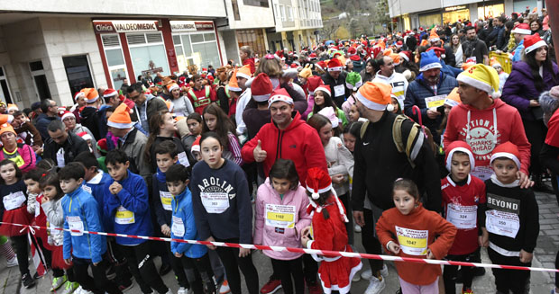 Photo of A 12ª Carreira Popular Solidaria do Turrón do Barco bate un novo récord e supera os 1.300 participantes