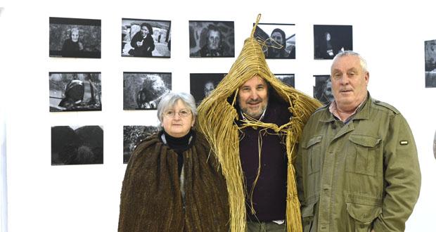 """Photo of Petín acolle unha exposición fotográfica sobre """"Mulheres"""" do rural"""