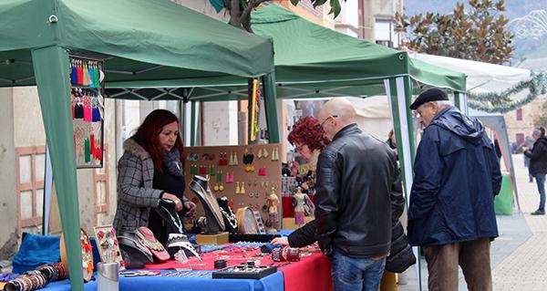 Photo of Xornada de compras e sorteos no II Mercadiño de Nadal na Rúa