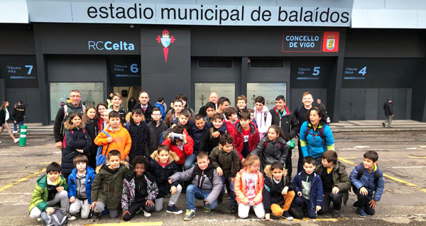 Photo of Os rapaces das Escolas Deportivas Municipais de Trives, no estadio de Balaídos