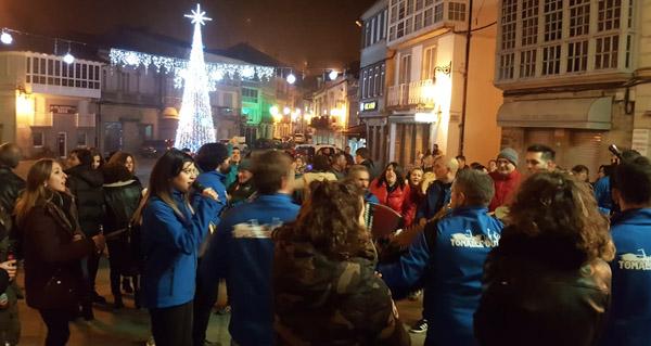 Photo of Viana do Bolo vibra cos cantos de taberna