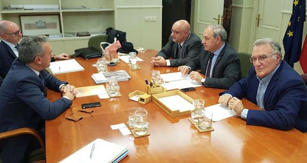 Photo of Os alcaldes do Barco e de Monforte abordan o proxecto da A-76 co secretario xeral de Infraestruturas