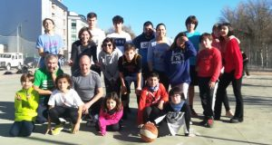 A familia Rodríguez Ramos despide o ano no Barco cun torneo de baloncesto