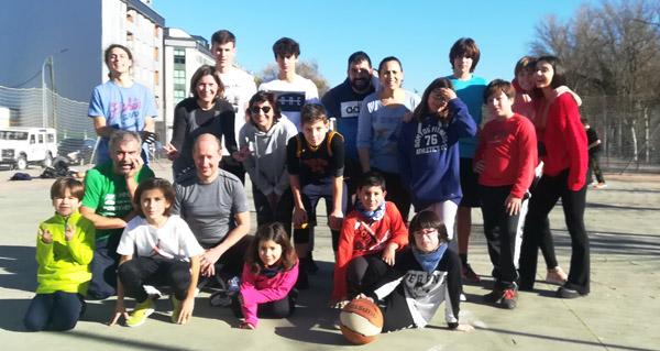 Photo of A familia Rodríguez Ramos despide o ano no Barco cun torneo de baloncesto