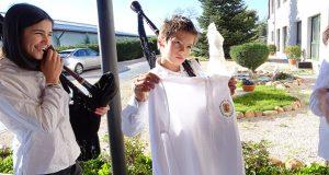 A Escola de Gaitas do Concello de O Bolo xa ten parte do uniforme