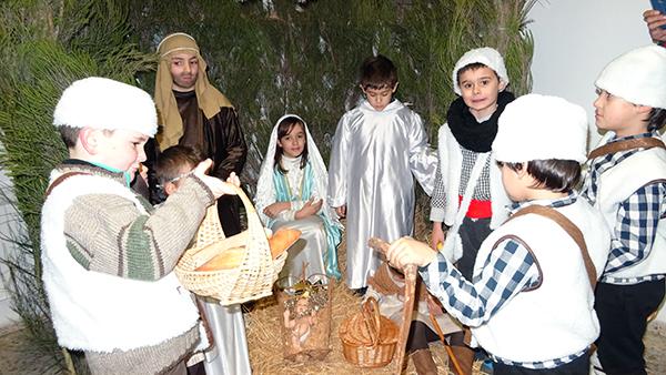 Photo of Un belén vivinte para recibir aos Reis en Petín