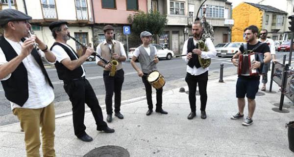 Photo of Pándega, Abertal e Airiños de Caldelas actuarán nos cantos de taberna da Festa do Codillo, na Rúa