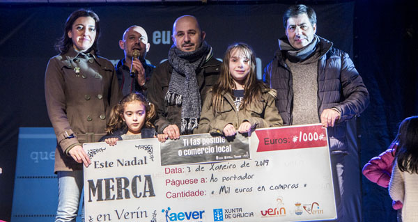 Photo of Aever-CCU Verín entrega o premio de 1.000 euros da campaña de Nadal