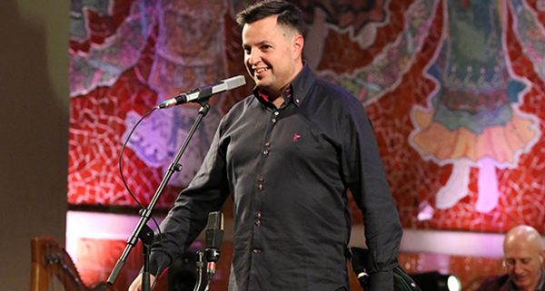 Photo of O gaiteiro ourensán Jhonathan Ferreira acompaña a Carlos Núñez no concerto de Fin de Ano