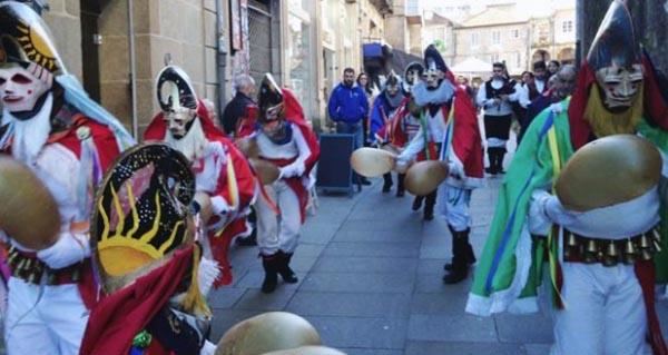 Photo of A Asociación Cultural A Pantalla presenta en Xinzo unha unidade didáctica sobre o Entroido