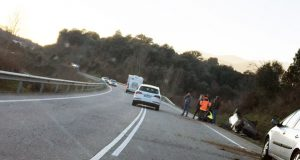 Accidente de tráfico con feridos na N-120 en Rubiá