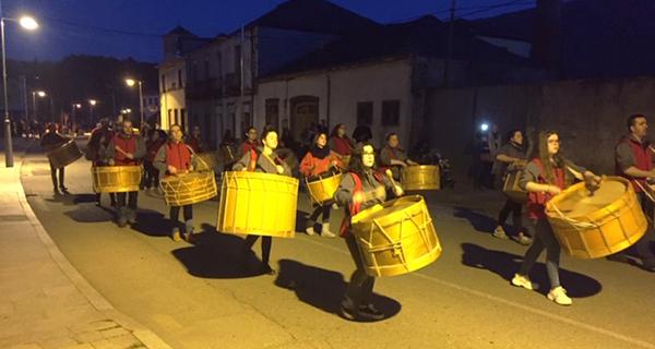 Photo of Vilamartín dá a benvida ao Entroido co desfile de folións