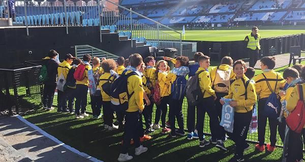 Photo of Os cativos do C.D. Rúa visitan o Estadio de Balaídos