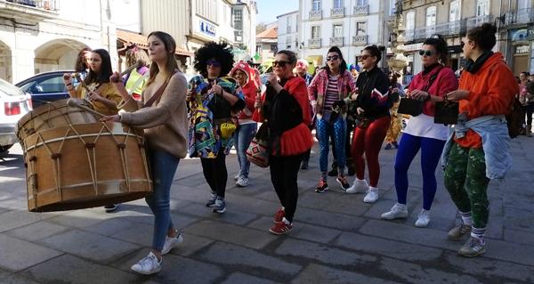 Photo of O Fulión Feminino de Viana fai vibrar á vila