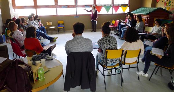 Photo of Talleres Montessori sobre etapas do desenvolvemento e comunicación positiva, no Barco