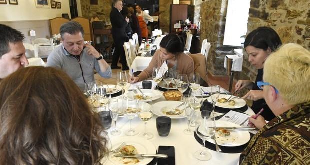 Photo of O xurado do I Concurso de Maridanza do Barco premia aos restaurantes Piquiño e Il Piacere