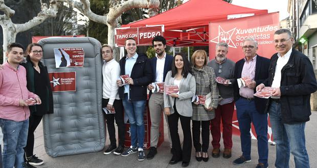 """Photo of Xuventudes Socialistas de Galicia achega a campaña """"#FainoConPedro"""" ao Barco"""