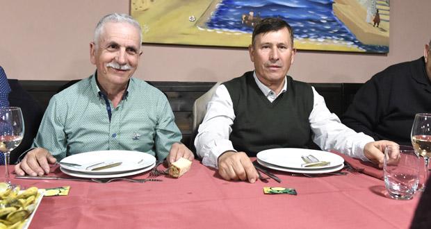 Photo of Cea para celebrar a xubilación de dous administrativos do Concello do Barco