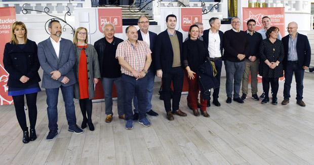 Photo of O partido socialista presenta aos seus candidatos ás municipais en Valdeorras e en Viana
