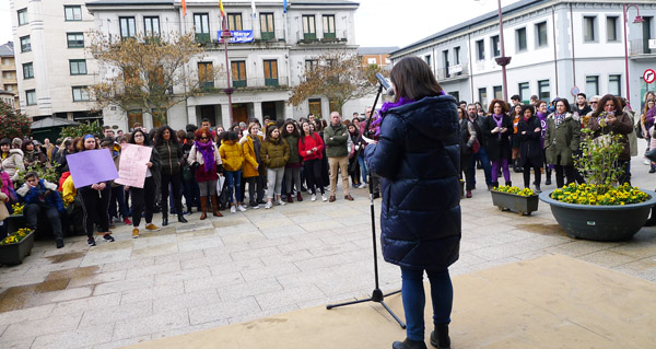 Photo of O Barco concéntrase en defensa dos dereitos da muller
