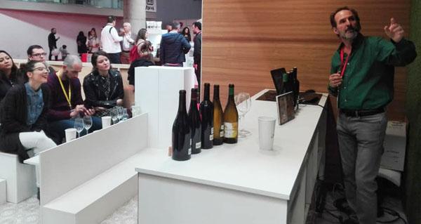 Photo of Os viños valdeorreses promociónanse no Fórum Gastronómico da Coruña