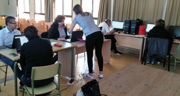 Photo of A Asociación Cultural O Mosteiro de Vilanova volve organizar un curso de informática para os seus socios