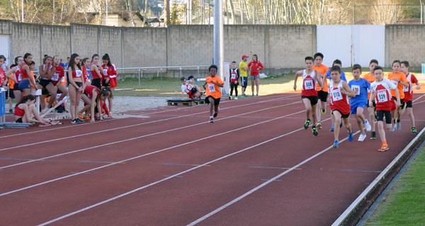 """Photo of Control de marcas e I Xornada previa de atletismo en pista """"Xogade"""", no Barco"""