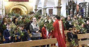 Domingo de Ramos na parroquia ruesa de Santo Estevo