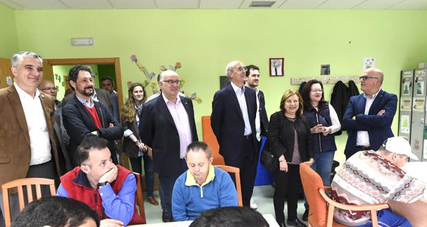 Photo of Os candidatos populares ao Congreso e ao Senado achéganse ata O Barco