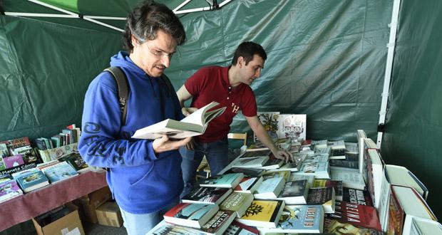 Photo of A Feira do Libro do Barco abre as súas portas
