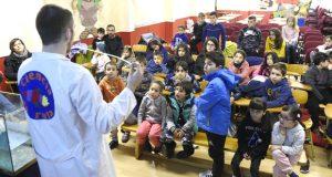 Os nenos do CEIP Manuel Respino da Rúa achéganse á ciencia