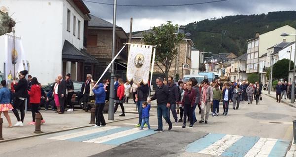 Photo of A procesión de San Xurxo e a orquestra Trébol poñen o broche ás festas de Vilamartín