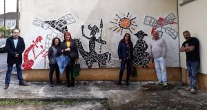Mosaico con toque valdeorrés para celebrar o Día do Libro en Cervantes (Lugo)