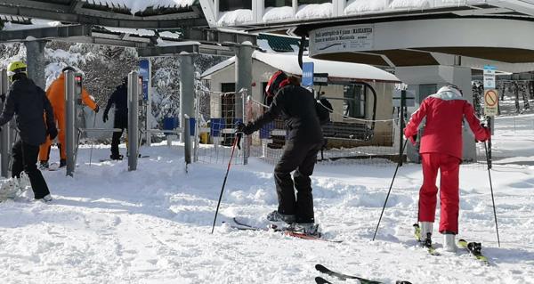 Photo of A Estación de Montaña de Manzaneda abre ao esquí doce pistas
