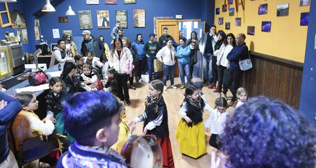 Photo of Melodías e danzas tradicionais para festexar o Día da Letras Galegas en Manzaneda