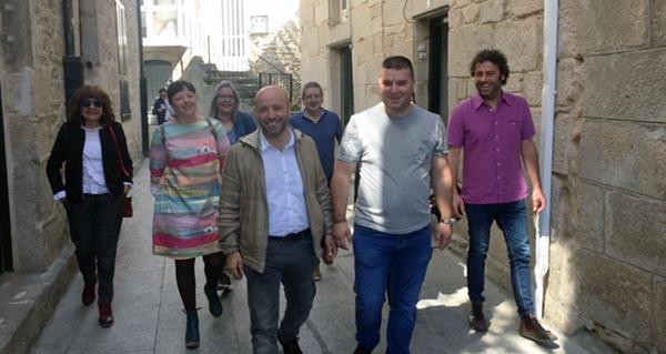 Photo of Luís Villares e Davide Rodríguez (En Marea) reúnense cos candidatos de Trives e Manzaneda