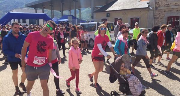 """Photo of Unhas 300 persoas camiñan e corren """"contra o cancro"""" na Rúa"""