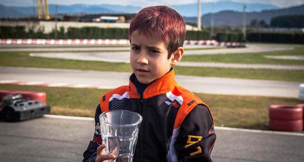 Photo of O piloto valdeorrés Leo Pérez lidera o campionato de Castela León de karting na categoría Rookie